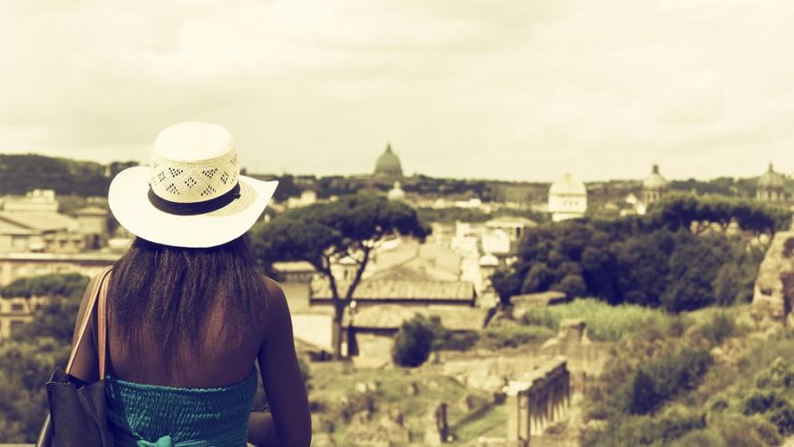 Девушка в шляпе.