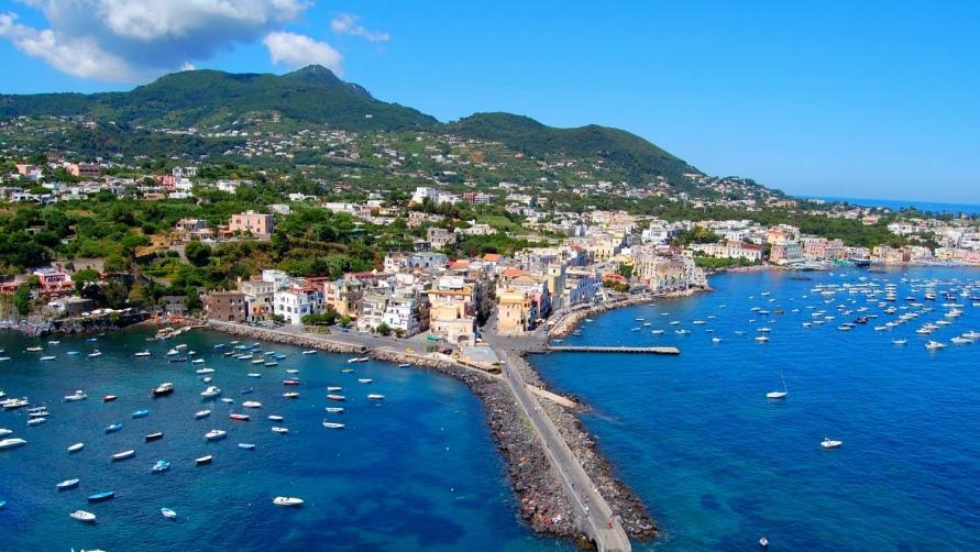 Вид на Геную