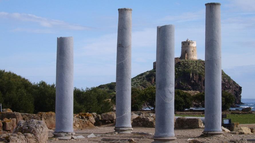Древний город Нора