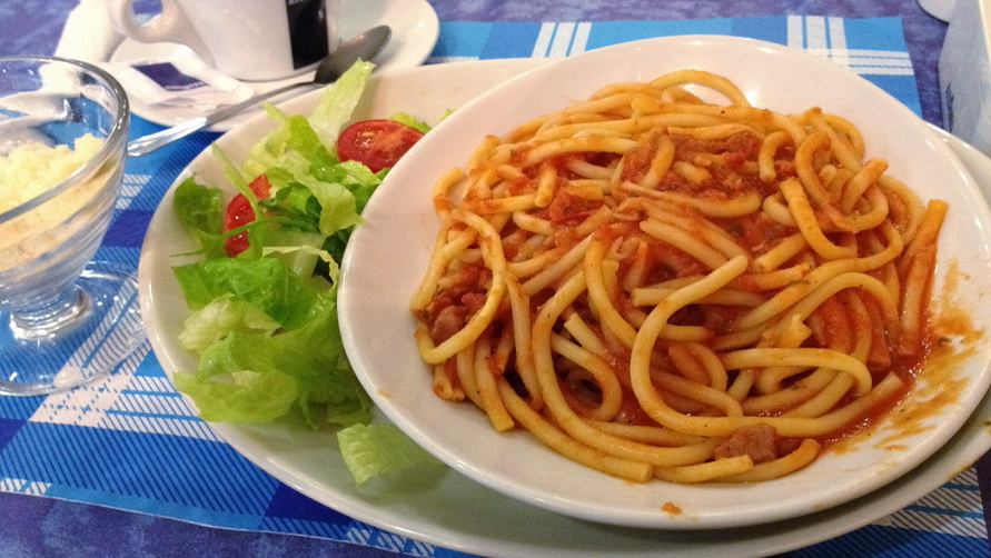 Итальянская паста в Риме.