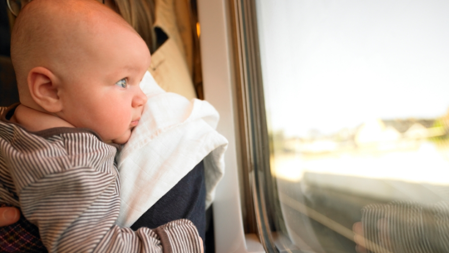 Малыш в автобусе