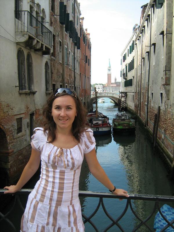 Венецианский канал и катера.
