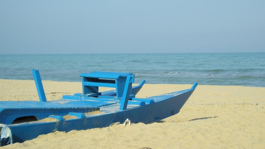 Катамаран на пляже
