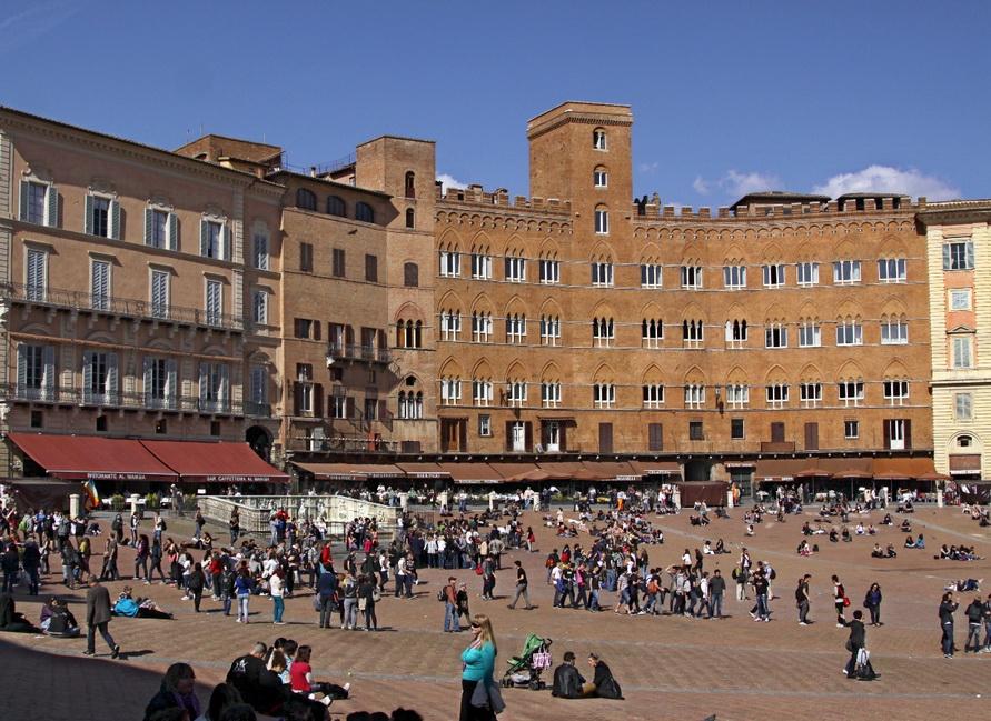 Piazza del Campo.