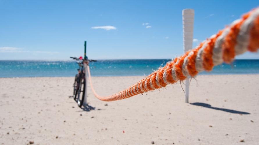 Велосипед у моря