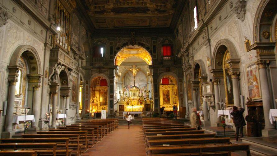 В католическом храме