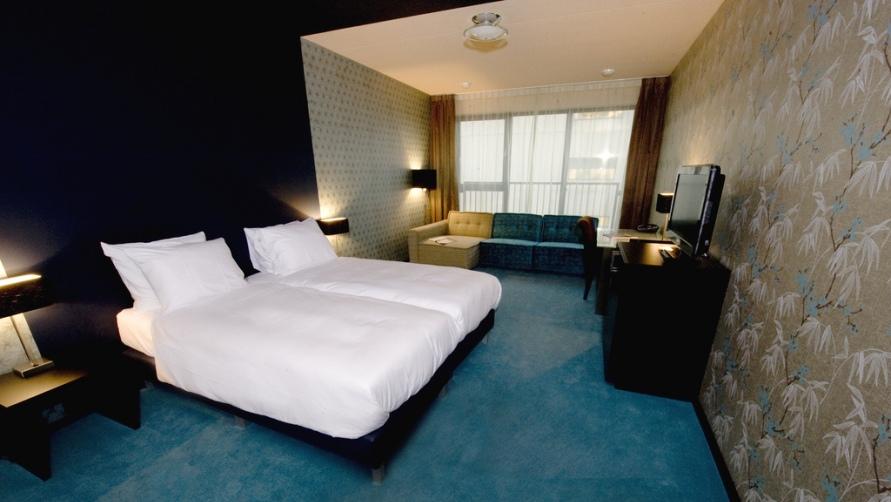 В номере отеля NH Orio.