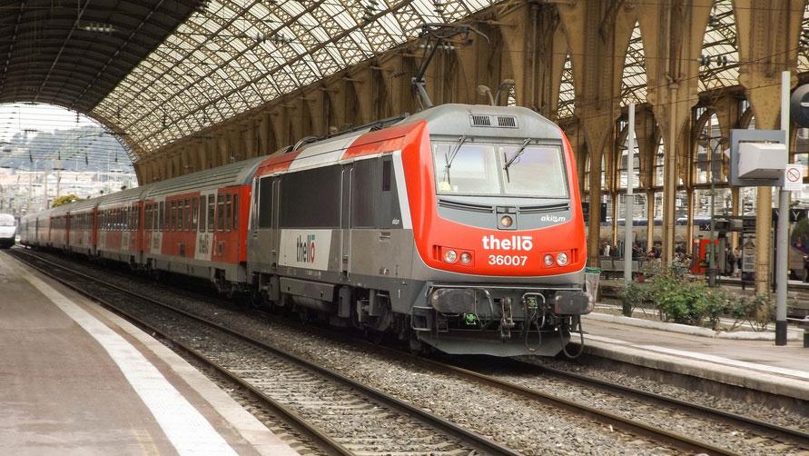 Поезд Trenitalia Thello на вокзале Milano Centrale.