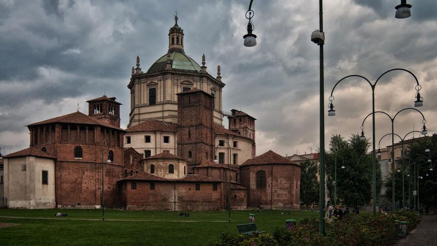 Базилика Сан-Лоренцо-Маджоре.