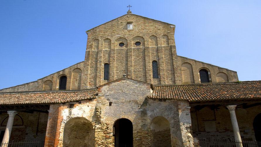 Церковь Санта Мария Ассунта.