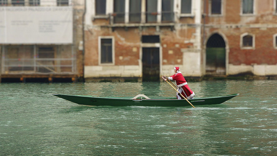 Итальянский Дед Мороз.
