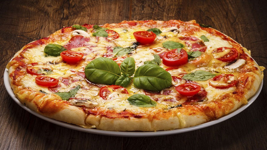Пицца Неаполетана Маргарита.