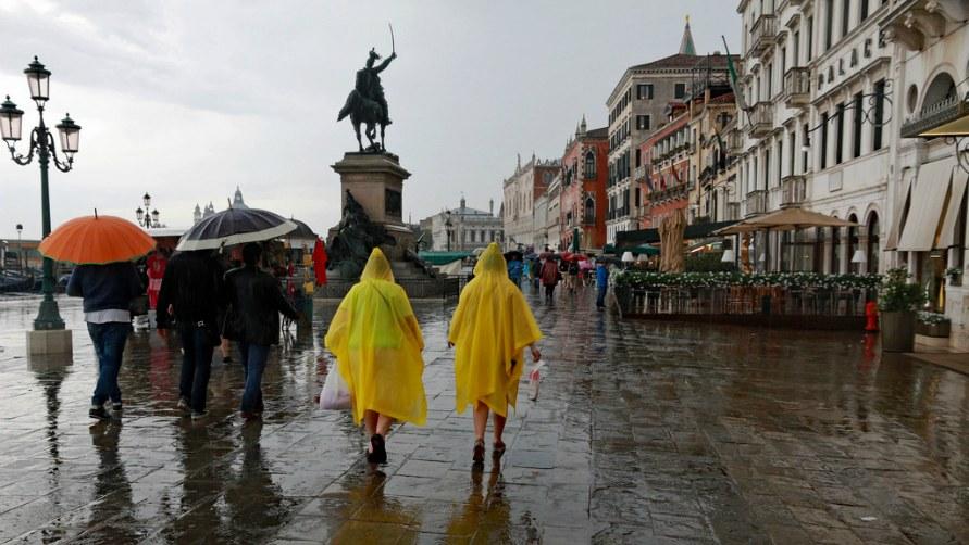 Дождливая погода в Италии.