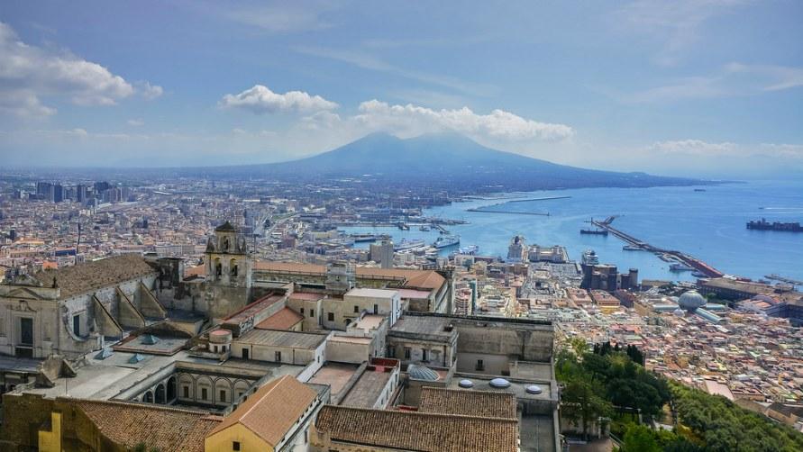 Весна 2019 в Неаполе.