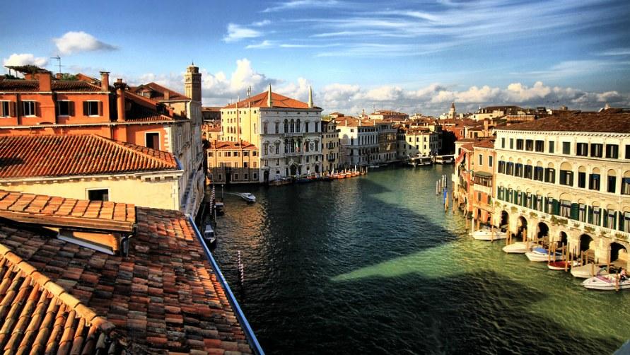 Покрышам Венеции.