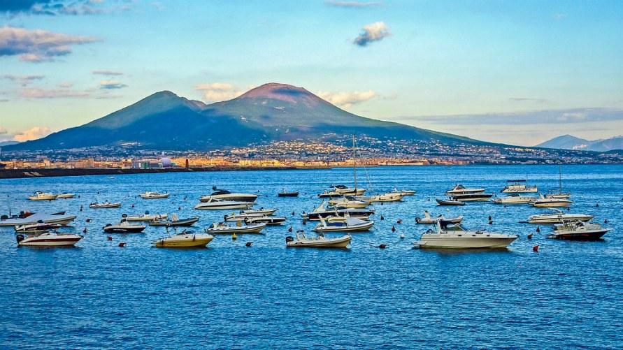 Осень 2019 в Неаполе.