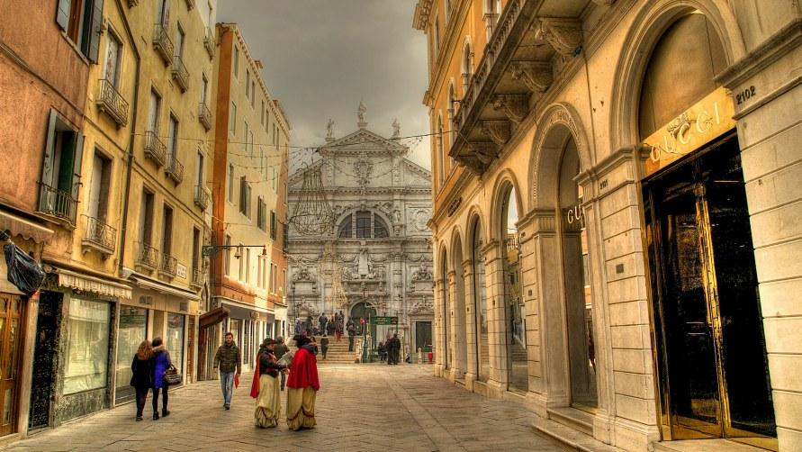 Шоппинг в Венеции.