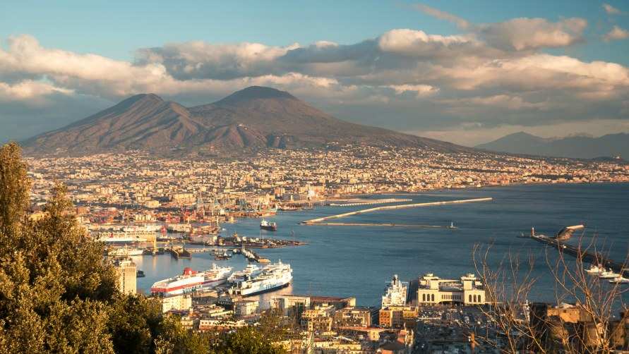 Зимний Неаполь.